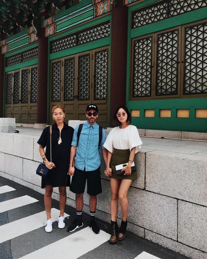 Muốn biết xu hướng nào đang hot, bạn chỉ cần nhìn street style của phái đẹp châu Á là đủ!