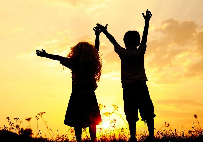 Cuộc đời là hữu hạn nên hãy trân trọng nhau khi còn có thể...
