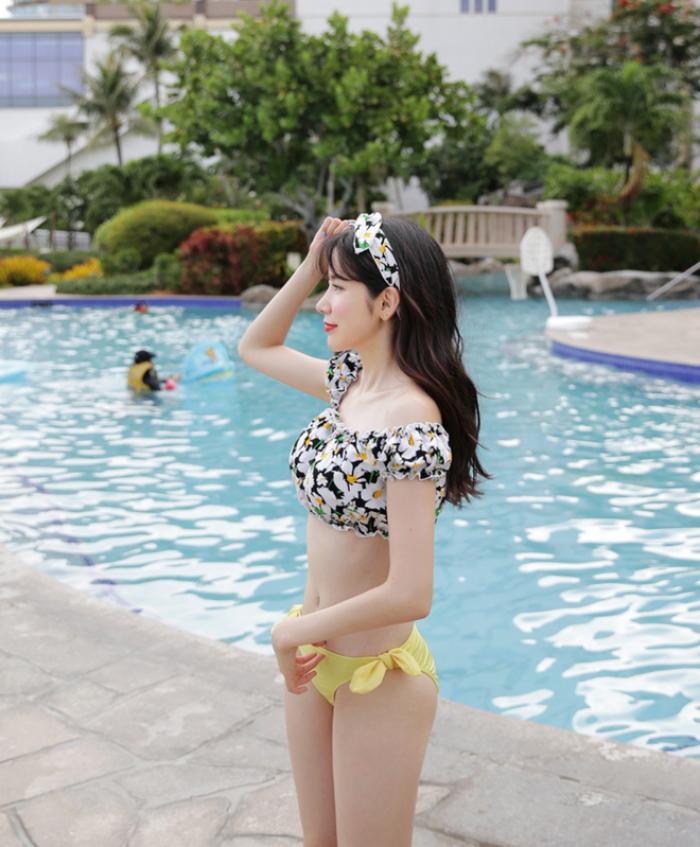 Năm nay xu hướng đồ bơi có phần thiên vị cho các nàng thích chụp ảnh sống ảo - Ảnh 14.
