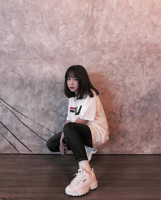 Giới trẻ châu Á người người nhà nhà đang diện T-shirt và sneaker Fila chất phát ngất ra sao? - Ảnh 9.