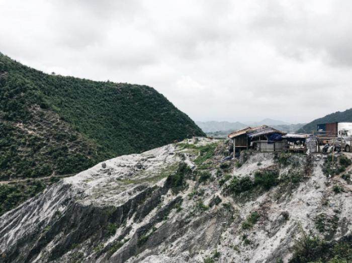 Gần ngay Hà Nội có ngọn đồi Bắc Âu, nơi mà giấc mơ tuyết trắng là có thật! - Ảnh 4.