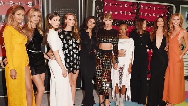 Muốn gia nhập hội bạn thân sang chảnh của Taylor Swift, bạn phải bỏ ra chi phí bao nhiêu? - Ảnh 2.