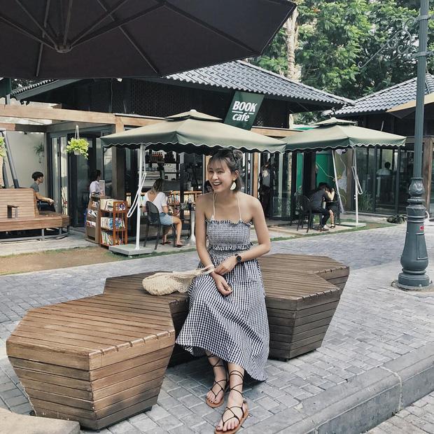 Bộ váy này đang được con gái Việt diện suốt trên Instagram, chứng tỏ gingham là hot trend phá đảo Hè 2017 - Ảnh 3.