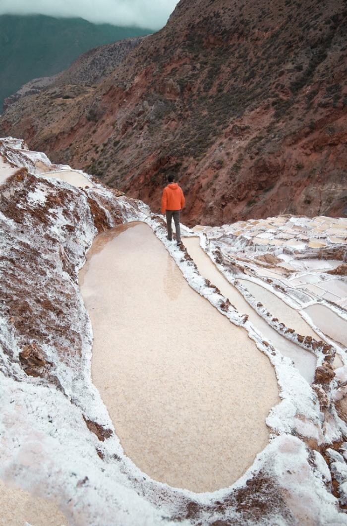 Hồ muối bậc thang đẹp lạ kỳ, ngỡ như hành tinh khác