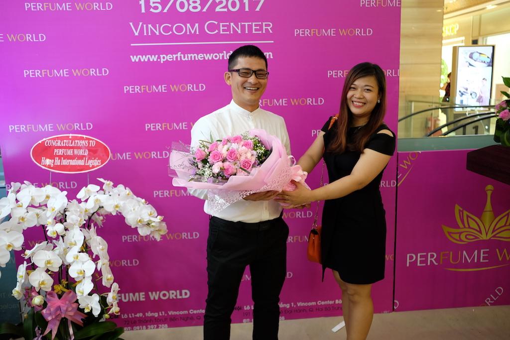 Bạn chỉ cần yêu nước hoa, mọi thứ còn lại hãy để PERFUME WORLD lo…