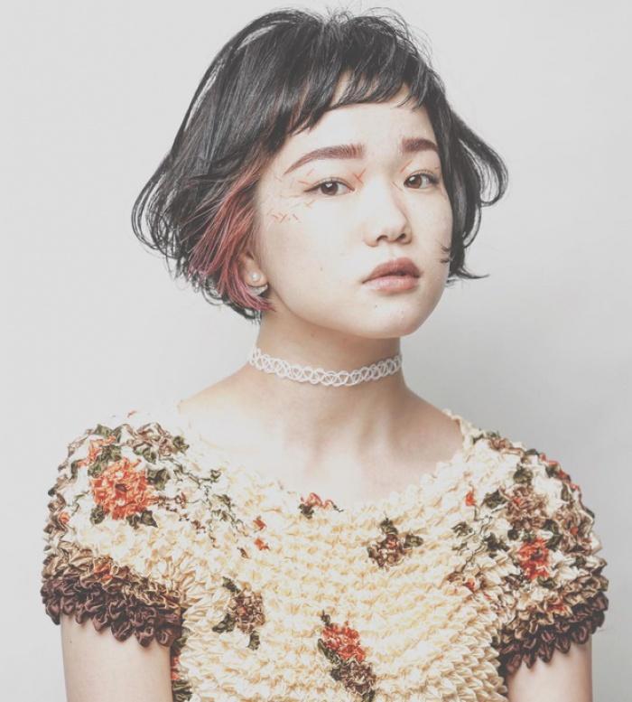 Áo phông bỏng ngô, mẫu áo sến súa từ vài chục năm trước nay lại được con gái Nhật thi nhau diện - Ảnh 14.
