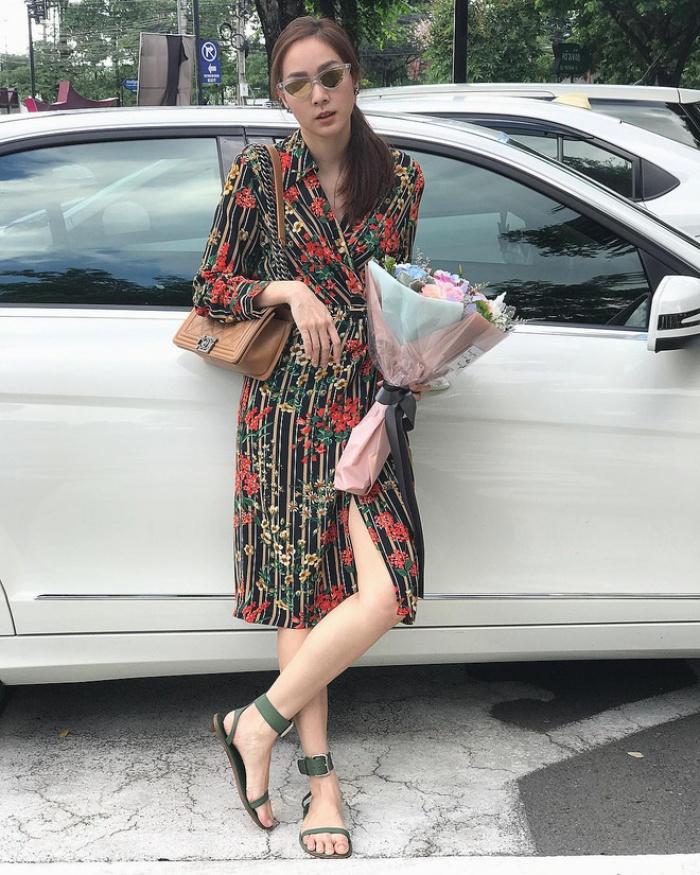 Trời vào thu, phái đẹp châu Á đều rủ nhau ăn mặc kín hơn hẳn!