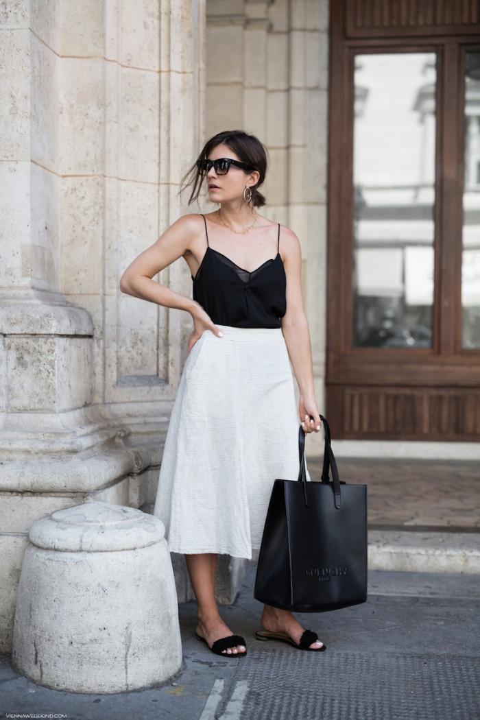 4 cách phối đồ cùng chân váy xoè được các fashionista liên tục 'xào lại'