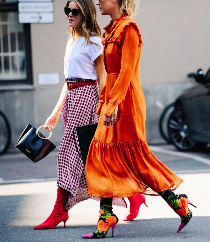 Nghe thì lạ nhưng 'giày kiêm tất' đang là món đồ hot hit nhất Thu/Đông năm nayThu/Đông này, không phải blazer, những đôi giày kiêm tất mới là món đồ đang chiếm lĩnh tủ đồ của sao Việt - Ảnh 11.