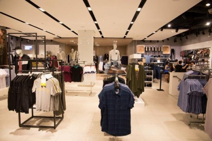 Không quá chênh lệch mức giá, bạn sẽ chọn thời trang nước ngoài hay nội địa Việt Nam?