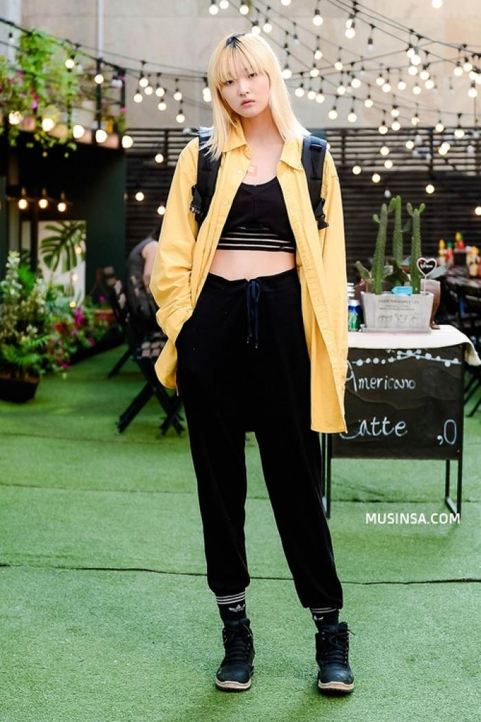 Thời trang Hàn Quốc: Phong cách street style năng động được giới trẻ mê tít
