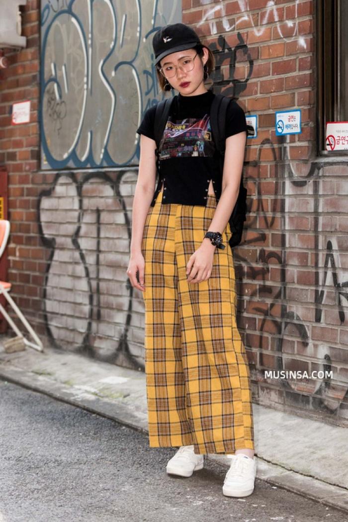 Giới trẻ Hàn Quốc lại mang đến cả tá gợi ý mặc đẹp mà chẳng cần cầu kỳ qua street style mãn nhãn - Ảnh 7.