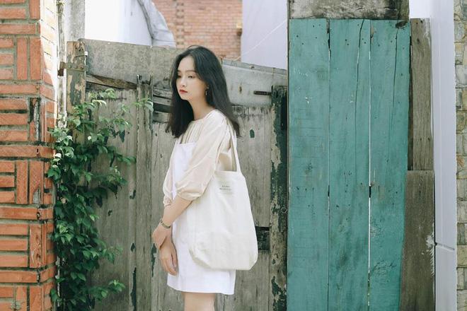 """Quý cô nào cũng xinh chuẩn như gái Hàn nhờ """"combo"""" 3 món đồ này"""