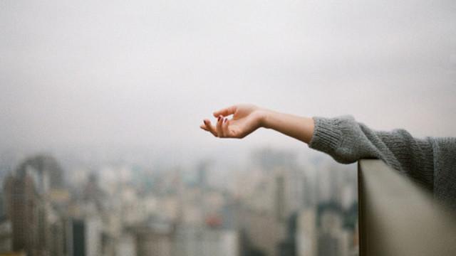 Có những thứ không nên cố chấp quá và tình yêu cũng vậy...