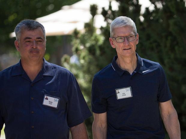 Săm soi một ngày của Tim Cook, người đàn ông quyền lực đứng đằng sau chiếc iPhone X giá nghìn USD - Ảnh 21.