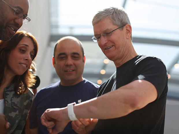 Săm soi một ngày của Tim Cook, người đàn ông quyền lực đứng đằng sau chiếc iPhone X giá nghìn USD - Ảnh 5.