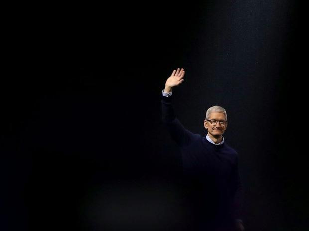 Săm soi một ngày của Tim Cook, người đàn ông quyền lực đứng đằng sau chiếc iPhone X giá nghìn USD - Ảnh 17.