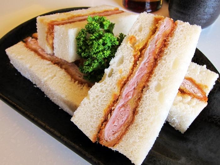 Phát thèm với 14 loại bánh mì kẹp đặc trưng của các nước trên thế giới