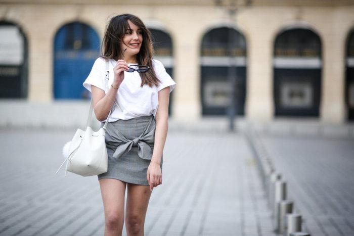 Không phải midi, đây mới là mẫu chân váy được phái đẹp từ Âu đến Á hết mực cưng chiều