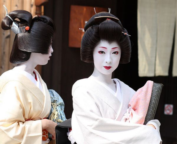 Cuộc đời ly kỳ của Geisha chín ngón nổi tiếng nhất Nhật Bản: Trẻ đa tình hàng nghìn người khao khát, cuối đời đi tu, chết trong đơn độc - Ảnh 5.
