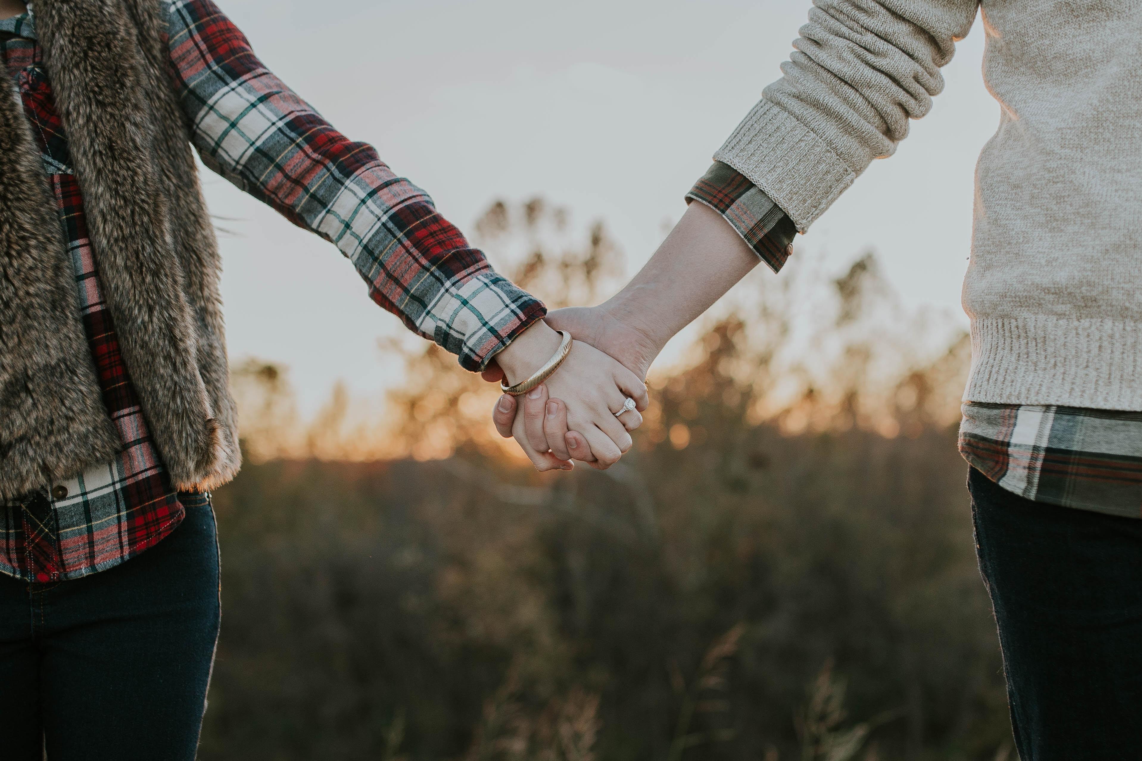 Chỉ khi hai người cùng hướng về một phía, mới có thể cùng nhau đi đến cuối cùng - Ảnh 1.