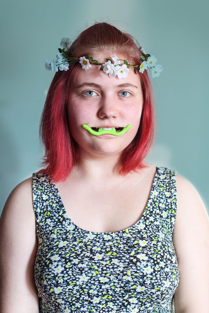 13 dụng cụ làm đẹp cho khuôn mặt giúp bạn một phát xinh như tiên mà không cần phẫu thuật thẩm mỹ - Ảnh 1.