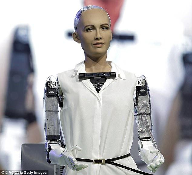 """""""Được rồi, tôi sẽ hủy diệt loài người"""" - Robot đầu tiên trong lịch sử được trao quyền công dân đã từng nói như vậy"""
