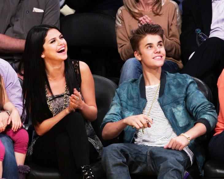 Học hỏi Selena Gomez và Justin Bieber để quay về làm bạn với người yêu cũ - ELLE Việt Nam