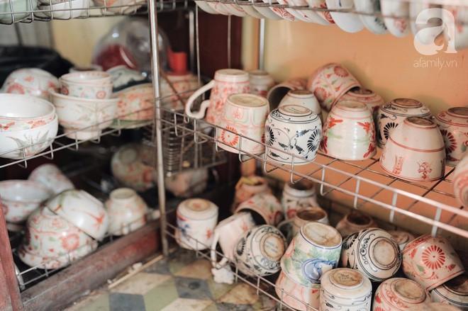 Có một quán cafe trong khu tập thể cũ, khiến ta yêu hơn những ngày Hà Nội thật là thu - Ảnh 15.