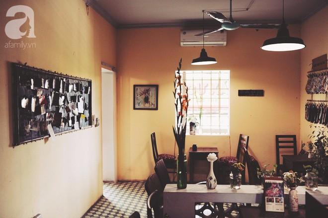 Có một quán cafe trong khu tập thể cũ, khiến ta yêu hơn những ngày Hà Nội thật là thu - Ảnh 23.