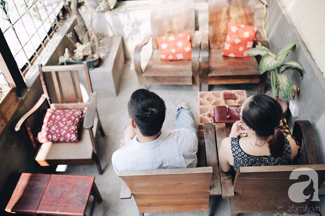 Có một quán cafe trong khu tập thể cũ, khiến ta yêu hơn những ngày Hà Nội thật là thu - Ảnh 7.