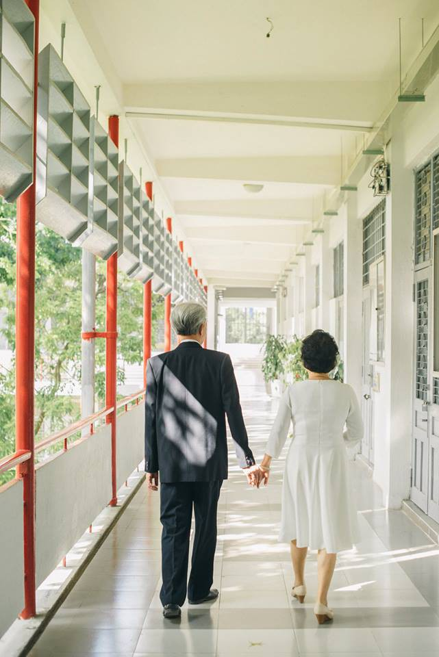 45 năm ông bà anh yêu nhau từ thời chẳng có gì đến tuổi thất thập và bộ ảnh cưới tình hơn tụi trẻ - Ảnh 12.