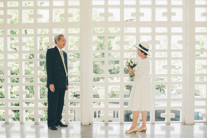 45 năm ông bà anh yêu nhau từ thời chẳng có gì đến tuổi thất thập và bộ ảnh cưới tình hơn tụi trẻ - Ảnh 8.
