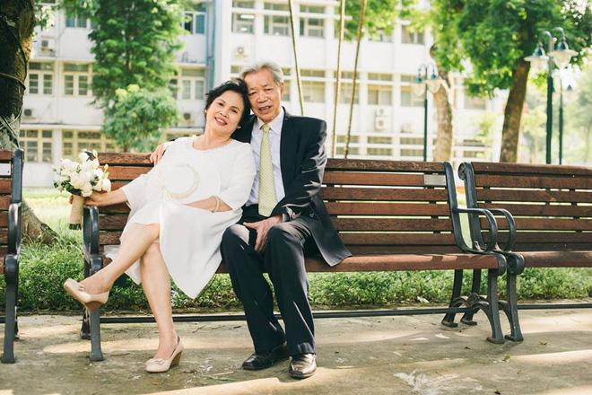 45 năm ông bà anh yêu nhau từ thời chẳng có gì đến tuổi thất thập và bộ ảnh cưới tình hơn tụi trẻ - Ảnh 3.