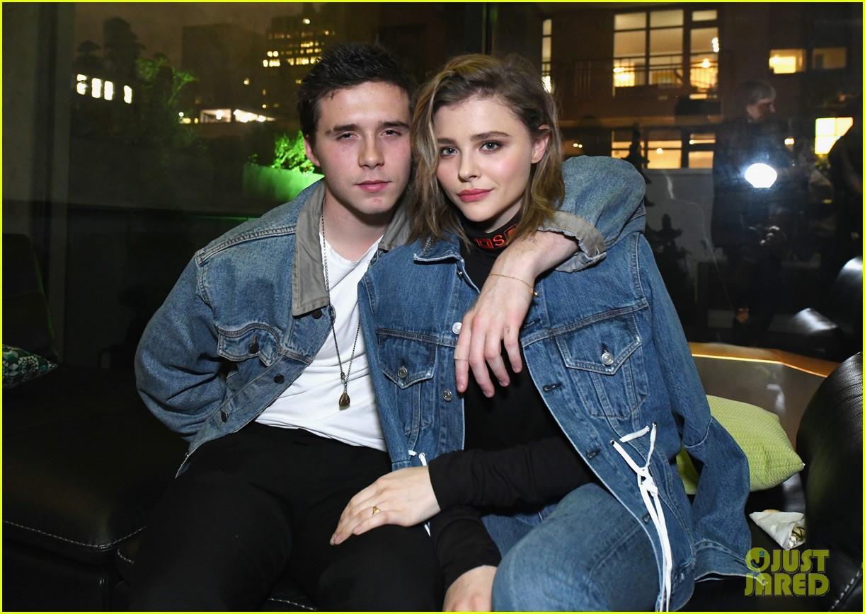 Justin - Selena tái hợp, giờ đến Brooklyn Beckham - Chloe Moretz cũng tình tứ trở lại như chưa từng chia tay