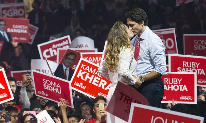 Bức ảnh được chụp vào tháng 10/2015 trong cuộc vận động tranh cử của đản Tự do liên bang ở Brampton, Ontario. Ảnh: Reuters