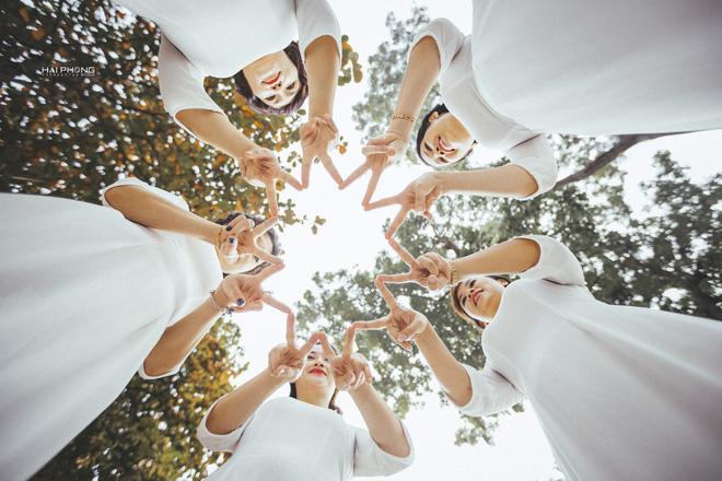Bộ ảnh kỷ niệm 20 năm hội bạn thân Hà Nội sẽ khiến ta thầm mong một tình bạn như thế - Ảnh 13.