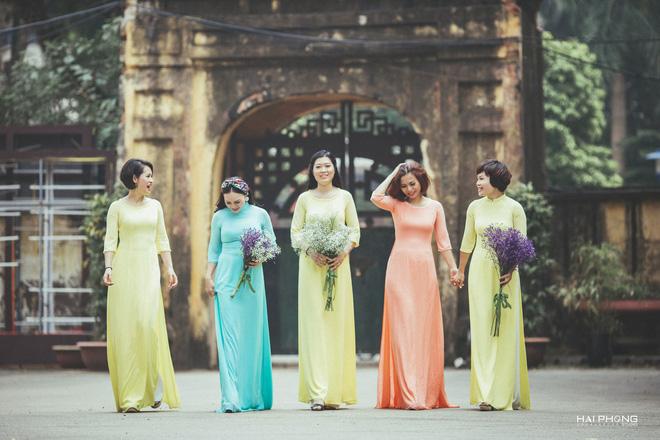 Bộ ảnh kỷ niệm 20 năm hội bạn thân Hà Nội sẽ khiến ta thầm mong một tình bạn như thế - Ảnh 7.