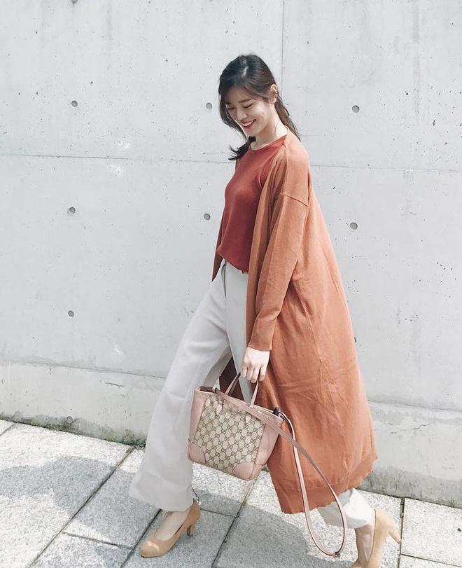 Áo khoác dài + quần ống rộng: Combo mặc kiểu gì cũng đẹp cho mùa đông năm nay - Ảnh 8.