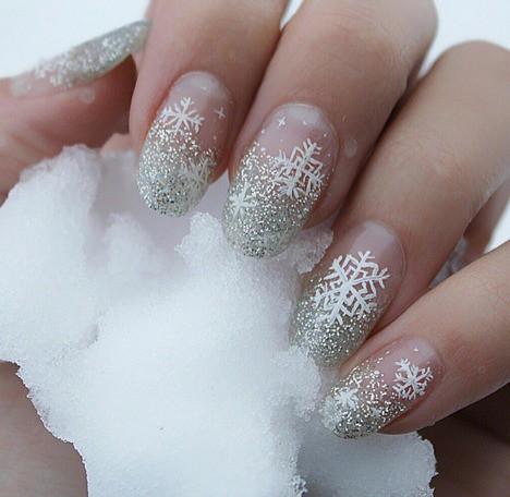 14 tác phẩm móng tay đẹp mắt dành cho bạn gái trong mùa đông - Ảnh 3.