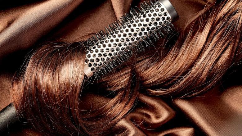 Những thói quen khiến cho mái tóc mùa đông vốn đã bết dầu lại càng nhanh bết