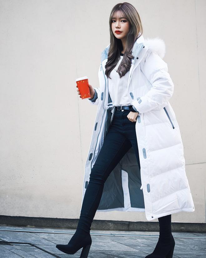 Cứ mùa lạnh đến là 7 mẫu áo khoác ấm áp này lại được các cô nàng thi nhau chưng diện - Ảnh 11.