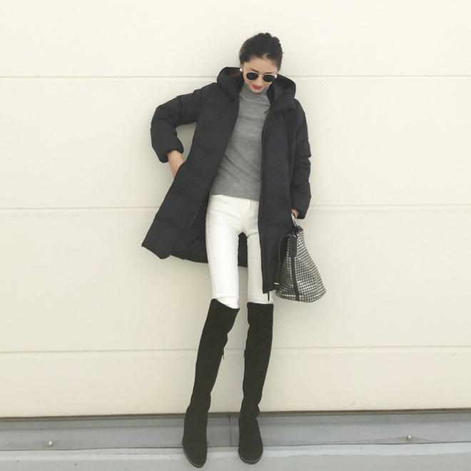 Cứ mùa lạnh đến là 7 mẫu áo khoác ấm áp này lại được các cô nàng thi nhau chưng diện - Ảnh 9.