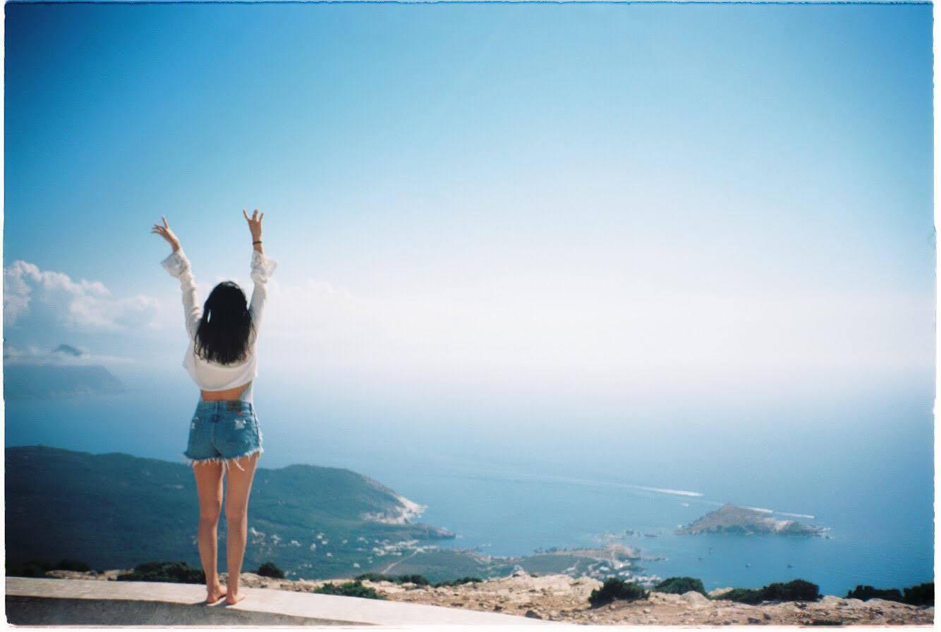Những chuyến đi châu Âu của hot girl khiến dân tình đứng ngồi không yên vì ảnh đẹp - Ảnh 22.
