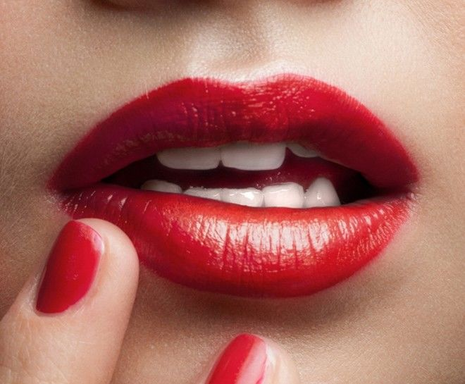 6 sản phẩm làm đẹp quen thuộc cứ vô tư dùng sẽ khiến nhan sắc tàn phai