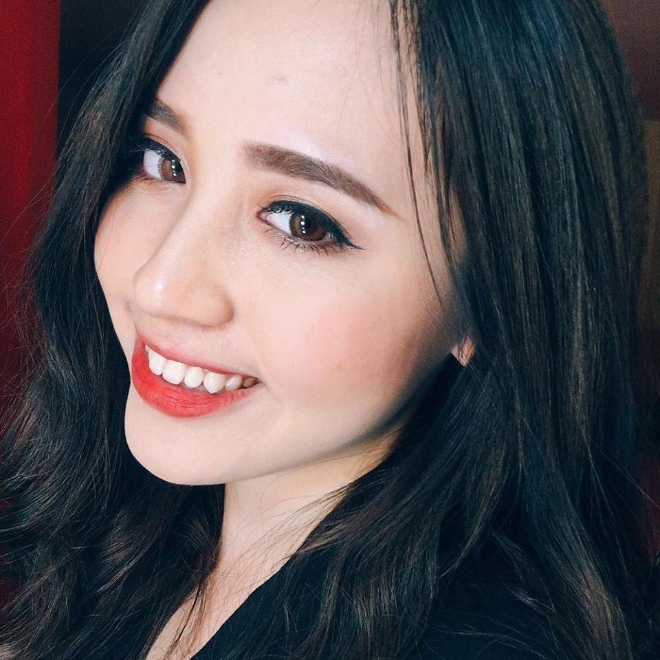 12 nữ sinh xinh đẹp nhất bước vào Chung kết cuộc thi Duyên dáng Ngoại thương là ai? - Ảnh 7.