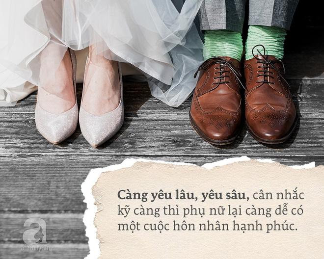 """Cưới sớm, cưới vội, cưới vì không muốn mất ai đó: Phụ nữ rồi sẽ bị """"dội cho vài gáo nước lạnh"""""""