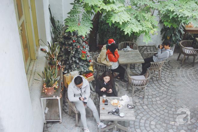 5 quán cafe vừa ấm cúng, vừa đẹp long lanh nên đến ngay trong mùa Giáng sinh - Ảnh 14.