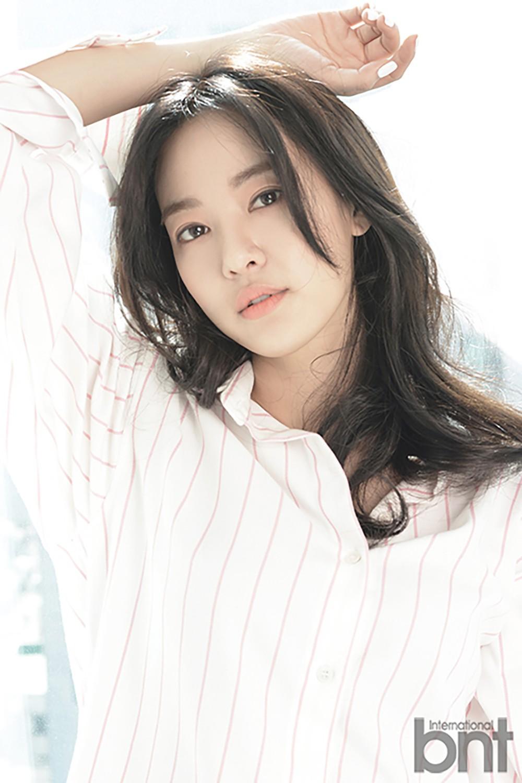 Tất tần tật về bạn gái G-Dragon: Mỹ nhân đẹp tự nhiên biến thành thảm họa giảm cân và tình sử với toàn sao hạng A - Ảnh 9.