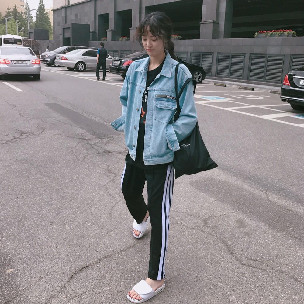 Là bạn gái G-Dragon nhưng Lee Joo Yeon chỉ trung thành với đồ basic thôi - Ảnh 3.